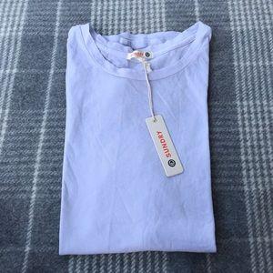 NWT   Lavender t-shirt   Sundry   small